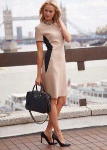 Sheath dress with short sleeves