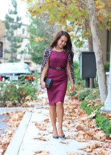 Accessories for sheath dress