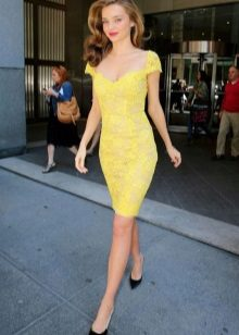 Lace yellow dress case