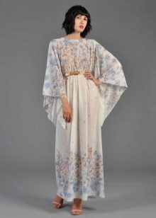 Zomerstof voor kimono-jurk