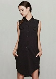 שמלת פולו עם כפתור א-סימטרי