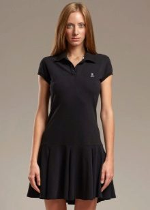 שמלת פולו שחורה עם חצאית
