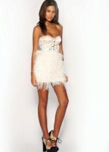 Vit klänning med korsett
