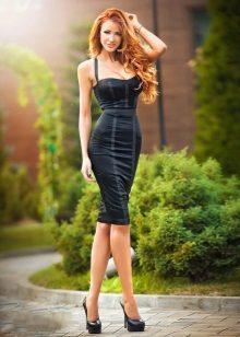 Sexig klänning med korsett
