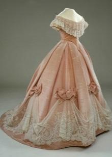Vintage pink dress na may korset