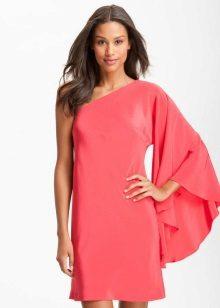 Rózsaszín ruha egy hosszú ujjú