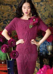 Gebreide bordeauxrode jurk met raglanmouwen