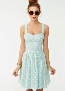Perhiasan untuk pakaian dengan skirt separa matahari