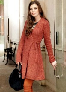 Rochie scurtă tricotată cu miros