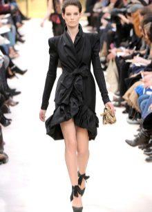 Rochie neagră cu miros