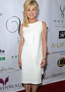 Fehér ruhanemű 50 év feletti nők számára
