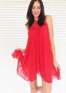 Rode A-lijn jurk