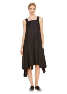 Zwarte jurk trapeze