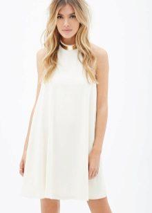 Vestido de uma linha branca