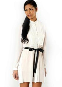 חולצת טוניקה לבנה