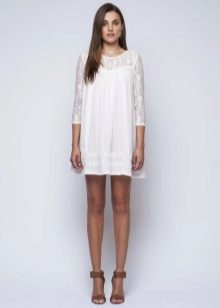 White dress-tunika