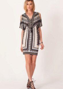 השמלה טוניקה לטיול