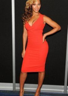 Dresses for figure type Pear (triangle) - Beyonce