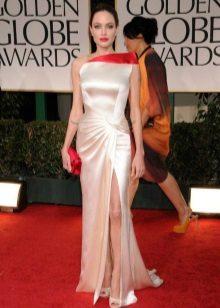 Obrácené trojúhelníkové šaty - Angelina Jolie