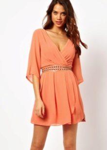 Rochie asemănătoare tunica cu o curea pentru femei cu o cifră de clepsidră