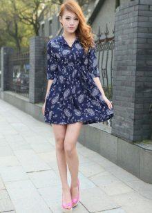 Blå kort kjole med høy midje