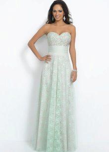 Lys grønn kjole med høy midje