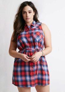 Rood-blauw-wit geruit overhemd voor vrouwen met overgewicht