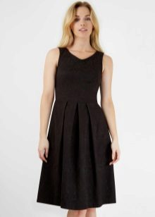 Black Pleated Mid-Length Dress