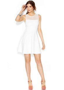 Kort hvit flared kjole