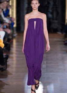 Violetti neulottu mekko