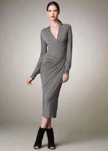Neulottu mekko, jossa verhoilu