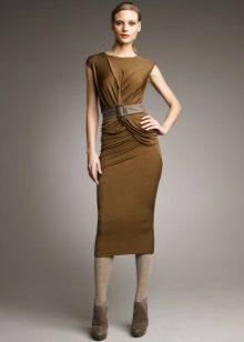 Neulottu mekko, jossa drapery oliivi