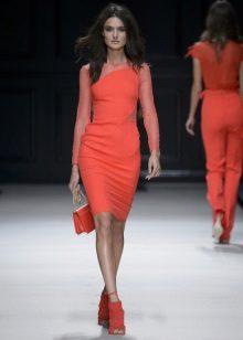 Neulottu lyhyt mekko porkkana-väristä
