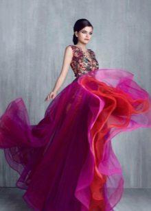 Violetinė vakarinė suknelė