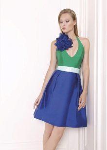 példa egy rövid ruhájú ruháról