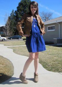 Бандо рокля в комбинация с яке