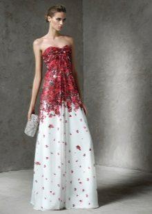 Stroppløs kjole av Pronovias