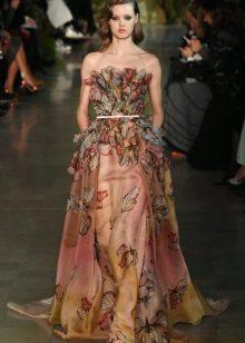 Stroppløs kjole av Elie Saab