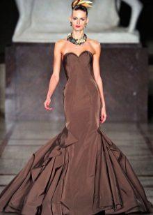 Olkaimeton mekko
