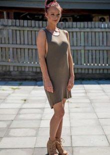 Fritt kjole skjorte for kvinner med bukende mage