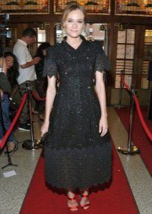 Svart lång aftonklänning med klocka kjol