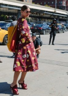 Burgundy dress with a print with a skirt the sun