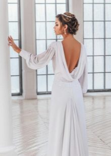 Dress with open back with long sleeves