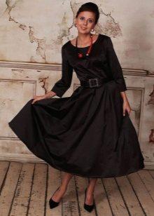 Vestidos no estilo dos anos 60 para mulheres com um tipo de triângulo invertido