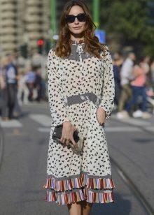 Vestidos no estilo dos anos 60 (hippies) para mulheres magras