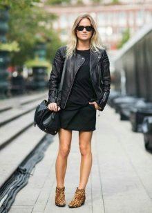 Jaqueta para se vestir no estilo dos anos 60