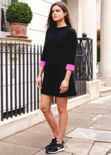 Vestidos de estilo livre dos anos 60 para mulheres com barriga protuberante
