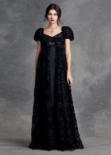 Empire-tyylinen ilta-musta mekko