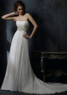 Empire mekko valikoima koruja