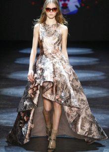 Mataas na Mababang Prom Dress